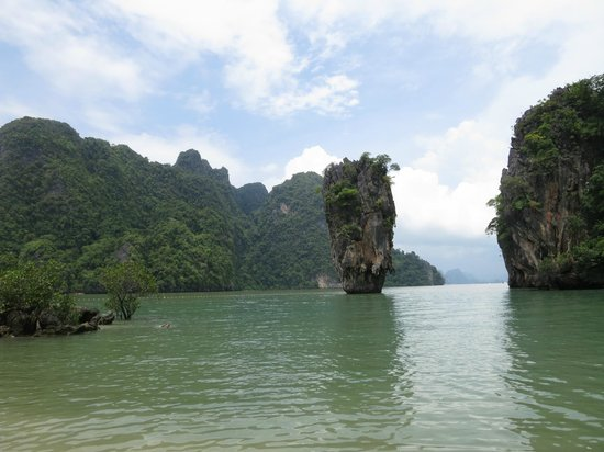 Epic Charters: James Bond Island