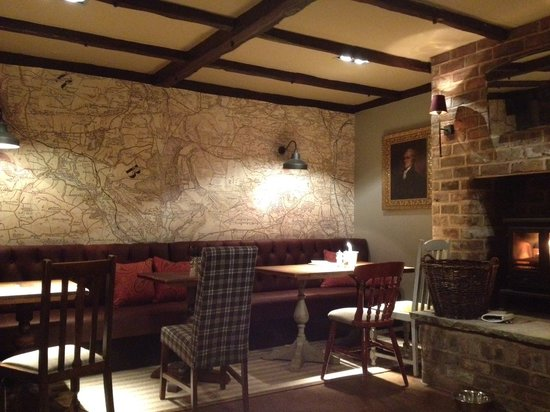 The Devonshire Arms: A real log fire and map