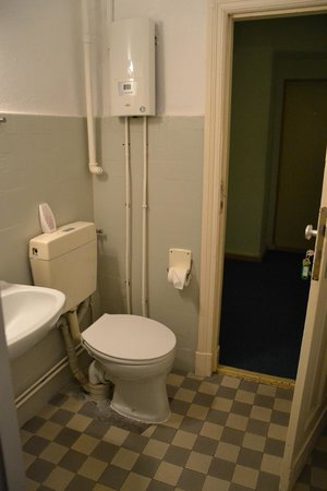 Pension Messe: Toilet