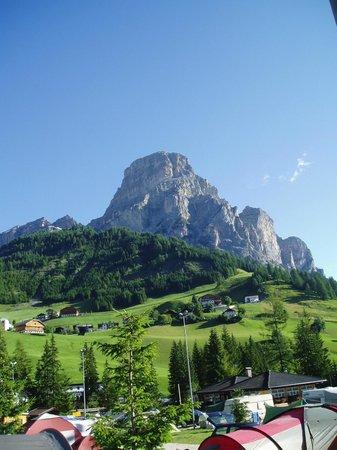 Camping Colfosco: Sasogher in the morning