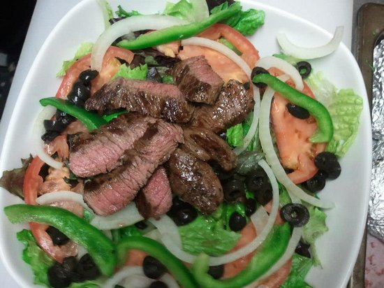 Shiloh Brew & Chew: Big ol' Steak Salad