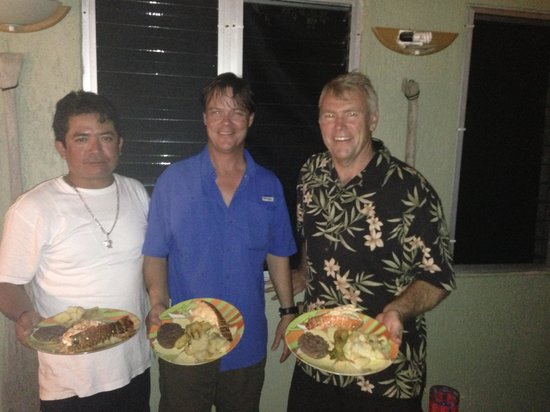 Toby's Restaurant: Toby's lobster dinner for six at Sin Duda
