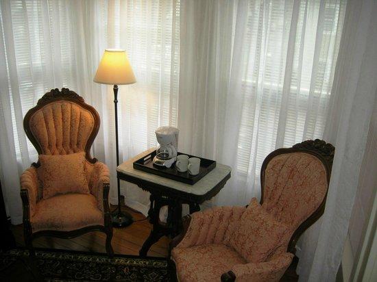 Nantucket White House Inn: Guest Room 1