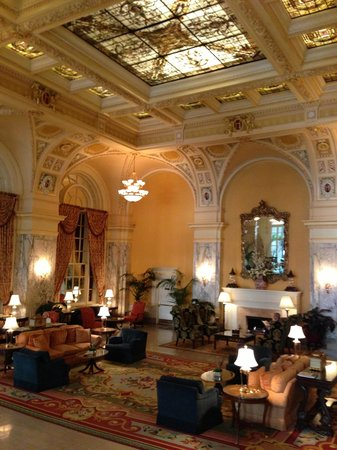Hermitage Hotel: View of the lobby from a staircase