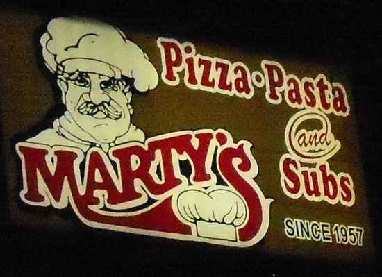 Marty's Pizza: Marty's sign