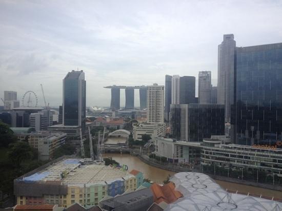 Novotel Singapore Clarke Quay : vista della baita dalla camera