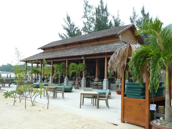 L'Alyana Ninh Van Bay: The restaurant area