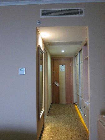 Grand Belish Hotel: Clean room