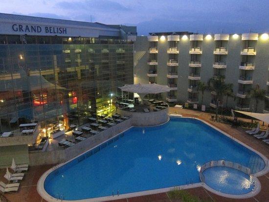 Grand Belish Hotel: Pool view at 630am