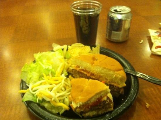 Sonesta ES Suites Dublin : Complimentary dinner! Good burger, salad, & chips.