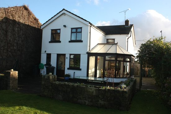 Hoscar Cottage Bed and Breakfast: Breakfast was served in garden room