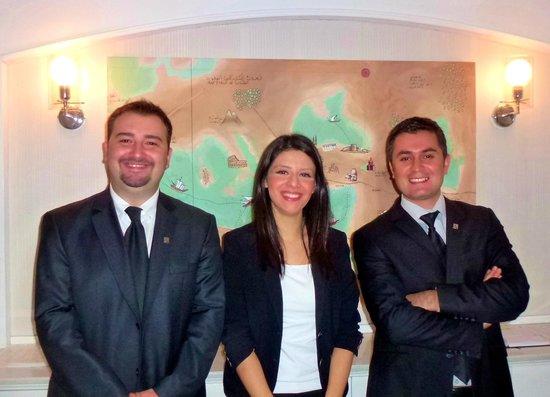 Hotel Amira Istanbul : Reception staff Spencer Tina Bari