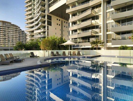 Meriton Serviced Apartments - Broadbeach (Gold Coast ...