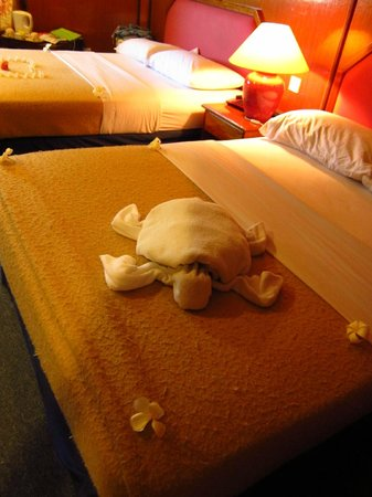 Layang Layang Island Resort: Turtle towel