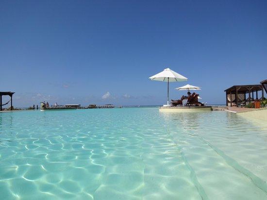 Essque Zalu Zanzibar: pool