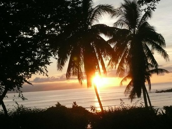 Casa Bambu Resort: Sunrise from the porch