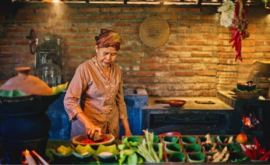 Hotel Tugu Bali - Cooking Class with Ibu Soelastri