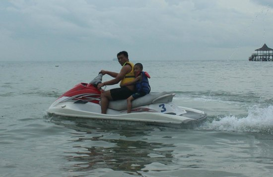 Turi Beach Resort: Jet ski