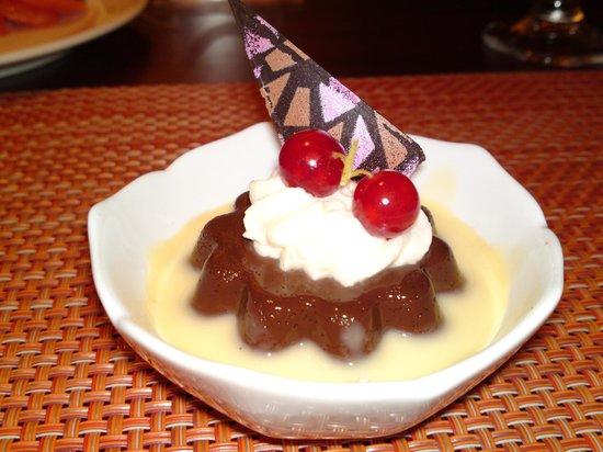 Hotel Borobudur Jakarta: Desser served at restaurant