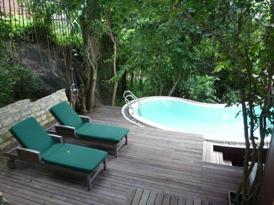 An Lam Ninh Van Bay Villas: Private pool in villa