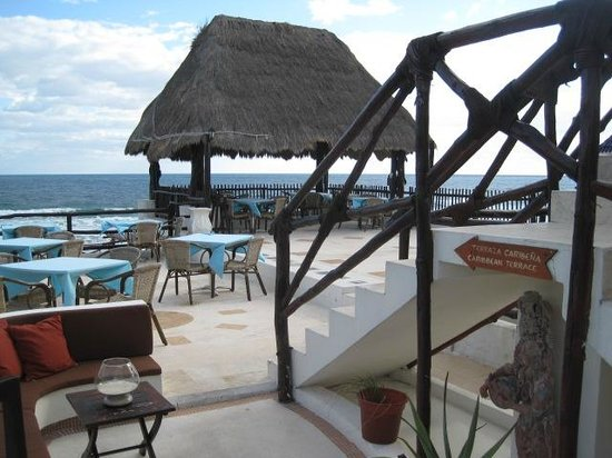 Casa Ixchel: Restaraunt seating and or yoga area