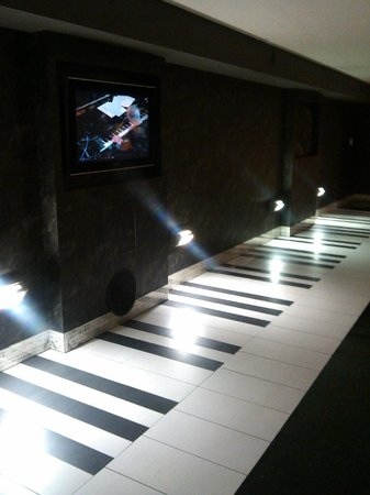 Hotel Gio' Wine e Jazz Area: tunnel musicale