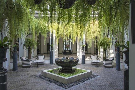 The Siam: main lobby