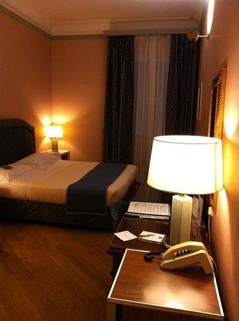 Hotel Rivoli: Camera con affaccio sulla corte interna