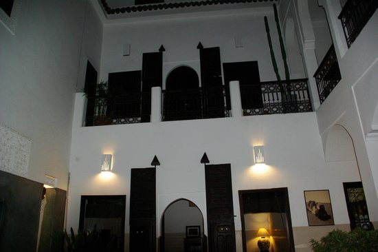 Riad Dar Massai: the court yard