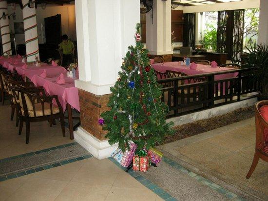 Access Resort & Villas: spisesal 