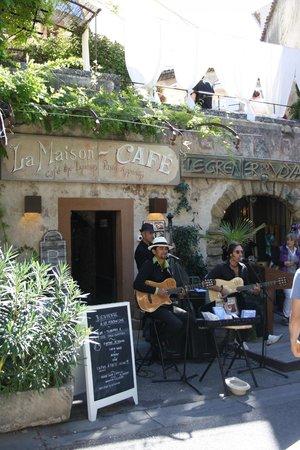 Maison Cafe