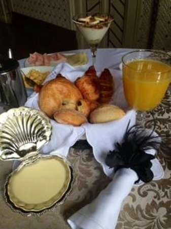 Palacete Chafariz D'El Rei: best hotel breakfast ever