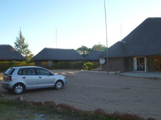 Echo Lodge: car park