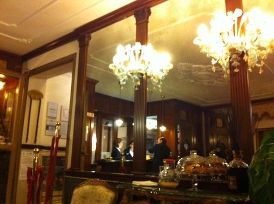 Hotel Violino d'Oro: hall entrée