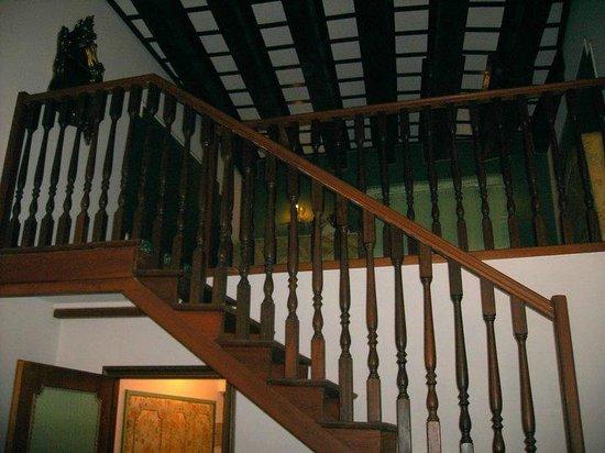 Hotel Giorgione: scala per raggiungere il letto