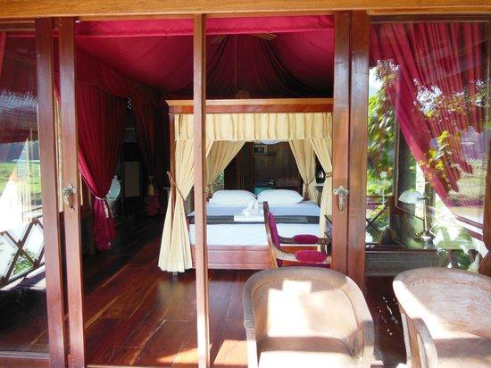 Shangri Lao: Tent No 1 'Inspiration'