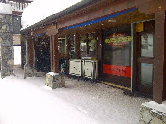Résidence Club Odalys Le Rond Point des Pistes: Aspen coffee shop