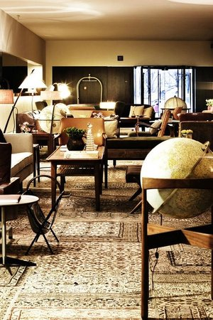 Square Nine Hotel Belgrade: Lobby