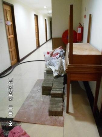 My City Hotel : Outside 5th floor. Construction materials were not cleared at the end of a workday