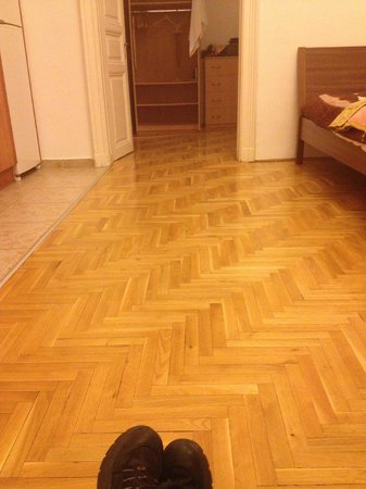 Budapest Best Apartments: old, nice flooring
