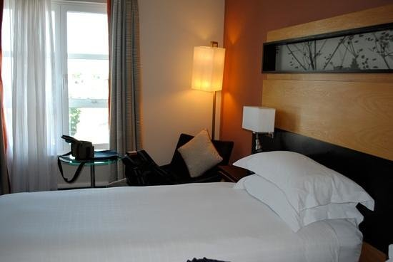 Hilton Dublin: Twin bed