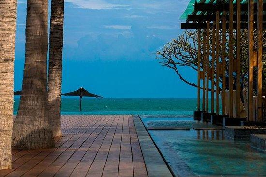 V Villas Hua Hin, MGallery by Sofitel: レストランからの景色