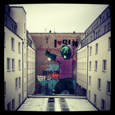 TRYP Berlin Mitte: Mural in the central area