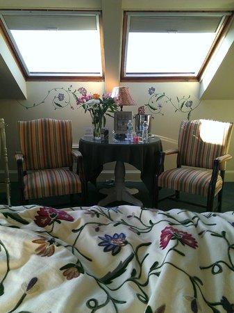 Admiral Fitzroy Inn: room 19