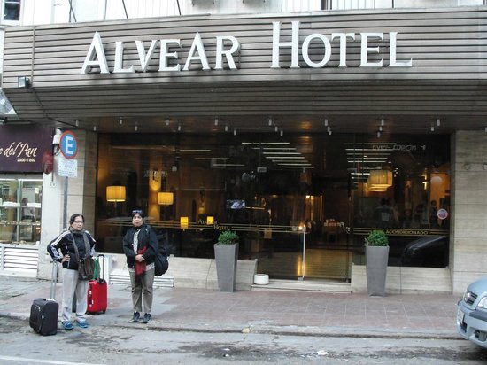 Hotel Alvear: very central location