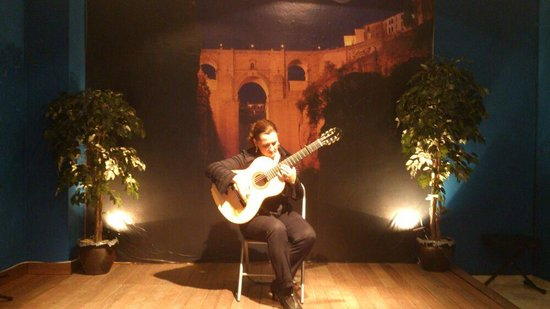 Celia Morales - kuva: Celia Morales Guitarra Flamenca Tradicional, Ronda - Tr...