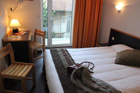 Inter Hotel Bristol : Inter-Hotel Bristol : vue sur chambre confort
