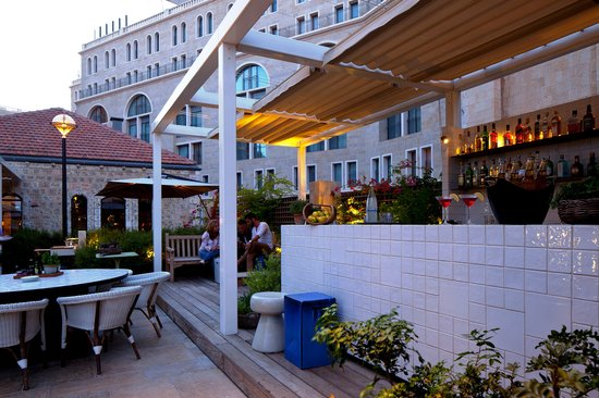 Mamilla Hotel: Happy Fish Restaurant