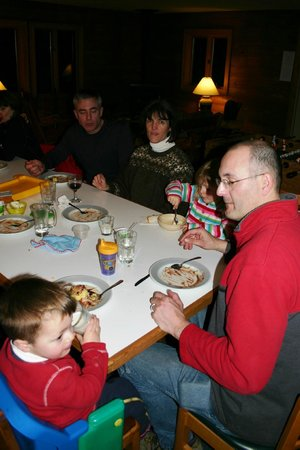 National Forest Lodge: Kid friendly dining