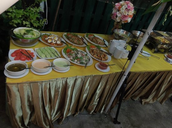 Excellent Buffet For Wedding Reception Guests Picture Of Green